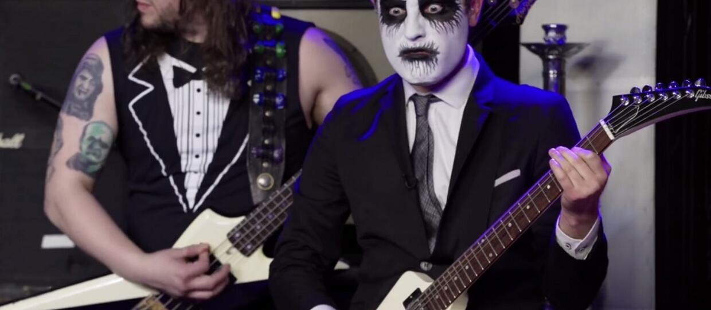 Zobacz drugi odcinek metalowego talk show Two Minutes To Late Night