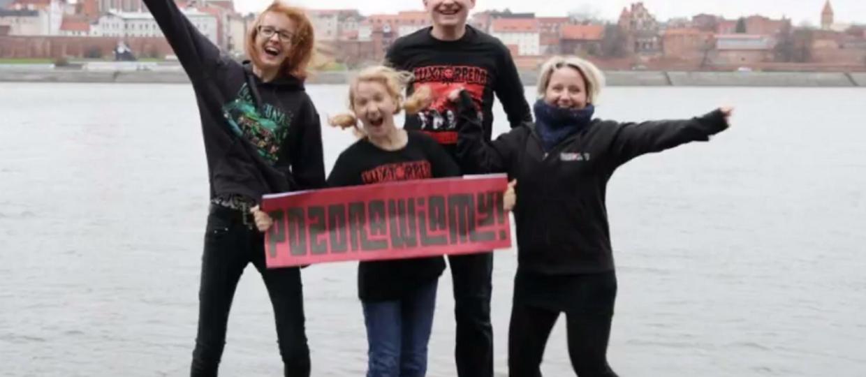Zobacz fanowski klip Luxtorpedy stworzony ze zdjęć wielbicieli zespołu