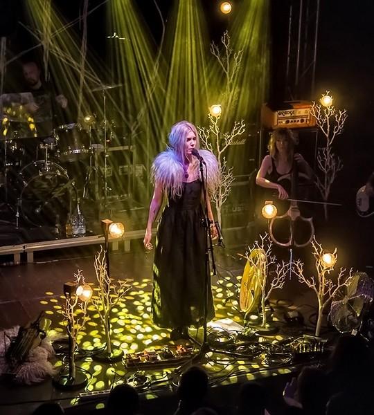 Myrkur na koncercie w Krakowie
