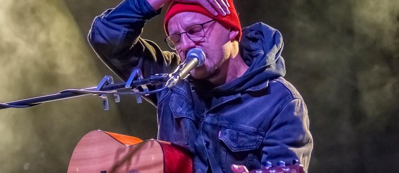 Paweł Domagała zaśpiewał w Krakowie. Zobacz zdjęcia z koncertu [ZDJĘCIA]