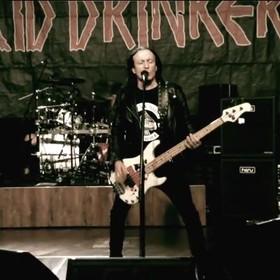 """Acid Drinkers w metalowym coverze """"Nie, nie, nie"""" T.Love"""