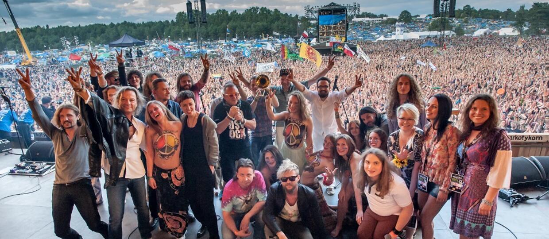 Ania Rusowicz z płytą z Przystanku Woodstock 2015