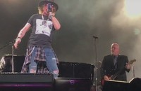 """Axl Rose i Billy Joel w coverze """"Highway To Hell"""" AC/DC"""