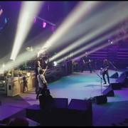 Basista Nirvany dołączył do Foo Fighters na scenie