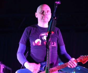 Billy Corgan wyda płytę i zagra na cmentarzu, gdzie spoczywa Chris Cornell