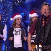 "Bruce Springsteen i Paul McCartney w ""Santa Claus is Coming to Town"""