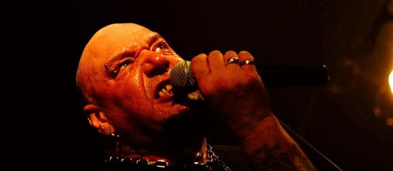 Były wokalista Iron Maiden trafił do szpitala