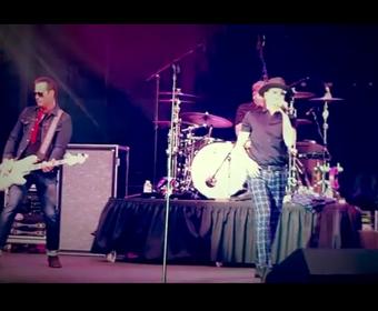 Chester Bennington wystąpił z muzykami Stone Temple Pilots