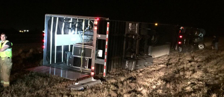 Ciężarówka ze sprzętem Lamb of God miała wypadek