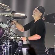 Co Lars Ulrich powiedział w dokumencie o thrashmetalowej scenie w Los Angeles o punk rocku?