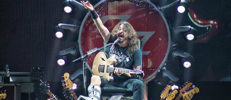 Dave Grohl podarował kontuzjowanej fance swój but ortopedyczny
