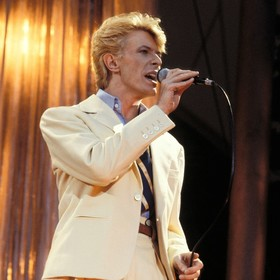 David Bowie uhonorowany w Nowym Jorku tematyczną stacją metra