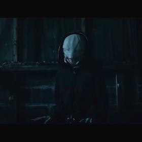 Die Antwoord w klipie Alien