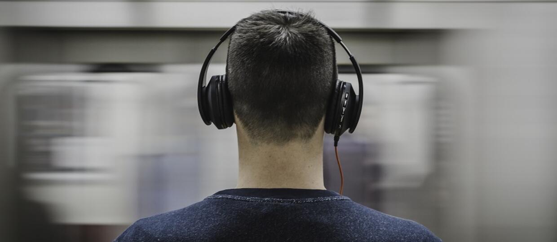 Dlaczego czujemy dreszcze, gdy słuchamy muzyki?