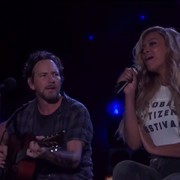 Eddie Vedder i Beyonce zagrali cover Boba Marleya