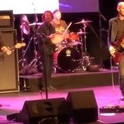 "Eddie Vedder, Mike McCready i Chad Smith zagrali cover ""Personal Jesus"" Depeche Mode"