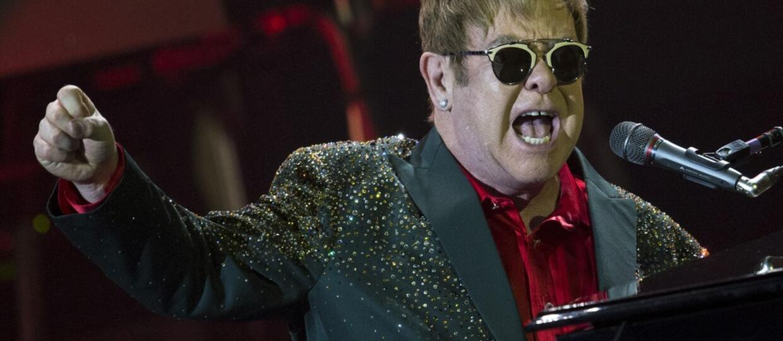 Elton John trafił do szpitala i odwołał koncerty