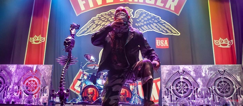 Five Finger Death Punch został pozwany przez wytwórnię