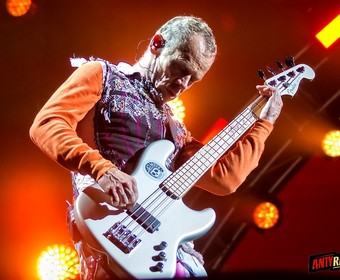 Flea z Red Hot Chili Peppers opowiedział o swoim uzależnieniu od narkotyków