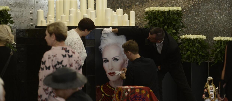 Fronda.pl zastanawia się, czy warto modlić się za Korę