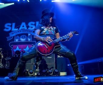 Slash z Guns N' Roses