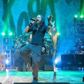 Internetowa akcja fanów Korna przed polskim koncertem