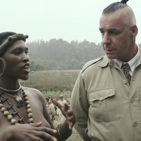 "Foto: kadr z wideo ""Rammstein - Ausländer (Official Making Of)"""