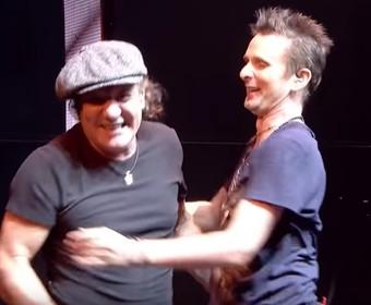 """Koncertowy klip do """"Back In Black"""" AC/DC w wykonaniu Muse i Briana Johnsona"""