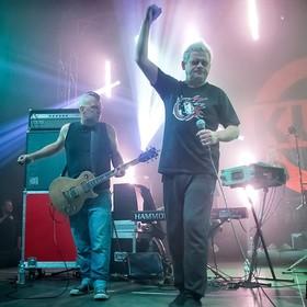 Kult zapowiedział dwupłytowy album koncertowy