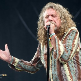 Robert Plant (ex-Led Zeppelin)