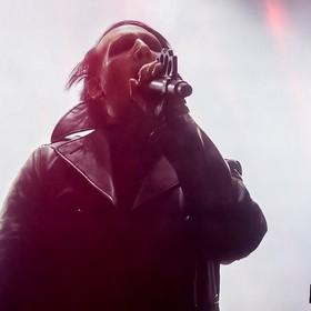 """Marilyn Manson podzielił się nowym singlem """"We Know Where You Fu*king Live"""""""