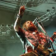 Max Cavalera: Trzeba było zwolnić tych dupków i zostać w Sepulturze