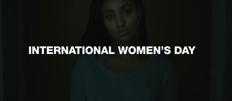 MTV i McDonald's zmieniły logo z okazji Dnia Kobiet