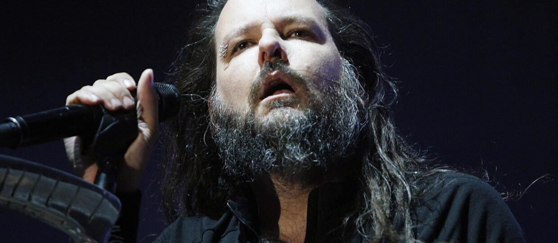 Muzycy Korna złożyli kondolencje Jonathanowi Davisowi po śmierci żony