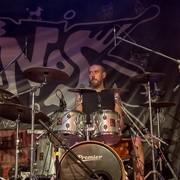 Perkusista Kabanosa miał wypadek samochodowy