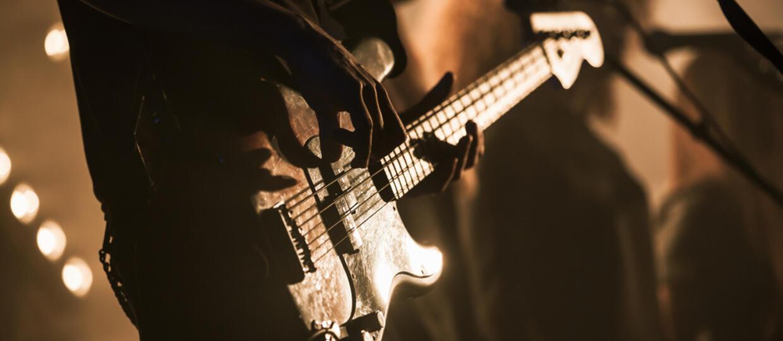 Basista AC/DC