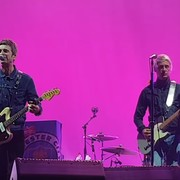 Noel Gallagher i Paul Weller potrzebują miłości. Zagrali cover The Beatles