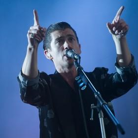 Nowy album Arctic Monkeys jest najszybciej sprzedającym się winylem w ciągu ostatnich 25 lat