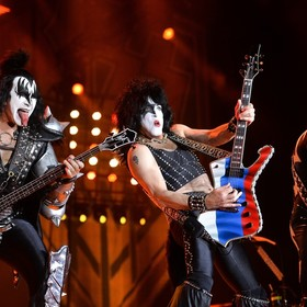 Paul Stanley: Kiss mógłby grać nawet bez oryginalnych muzyków w składzie, bo jest jak drużyna sportowa