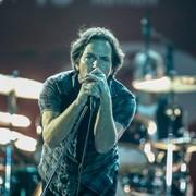 """Pearl Jam w coverze """"Purple Rain"""""""