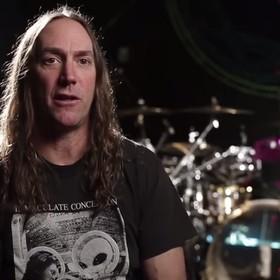 Perkusista Toola: To smutne, że teraz prawie każdy zespół gra z metronomem i podkładem