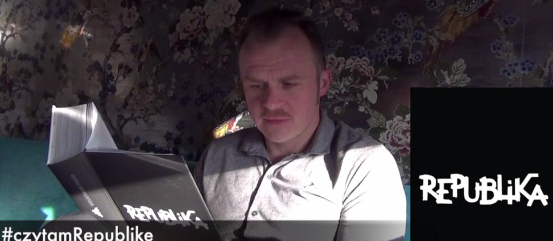 """Polscy artyści """"czytają Republikę"""""""