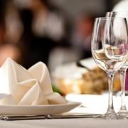 Przemysł muzyczny traci pieniądze przez restauracje