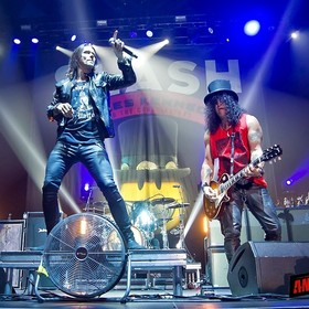 Slash i Myles Kennedy z nowym utworem