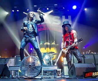 Slash i Myles Kennedy