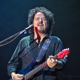 Steve Lukather (Toto): Po wypadku nie mogę nawet unieść iPhone'a