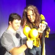 Steven Tyler zaprosił na scenę fana z zespołem Downa