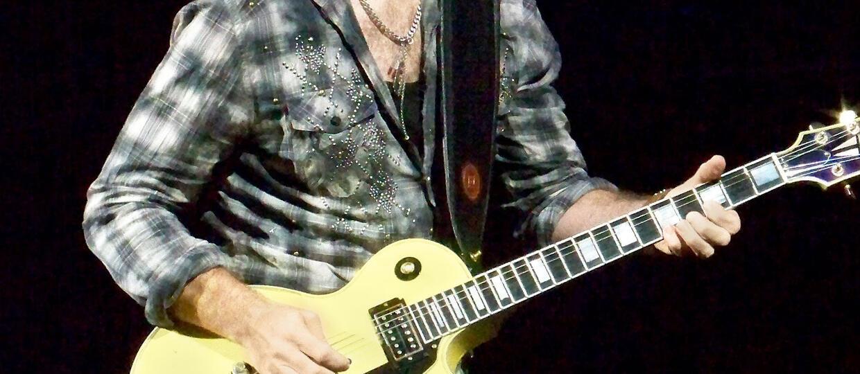 """The Edge: Nowy album U2 będzie jak """"Zooropa"""""""