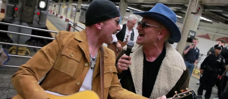 U2 z koncertem na stacji metra