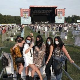 W Anglii odbył się pierwszy wielkoformatowy koncert z zachowaniem wszelkich procedur bezpieczeństwa